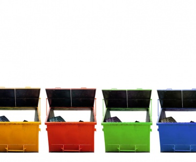 Cleaning out Your Clutter! What to Keep and What You Should Put in the Skip Bin